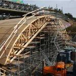 Bro över järnväg