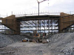 Bågformad bro